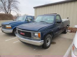 1994 GMC Sierra 1500 SL Pickup Truck | Item D2226 | SOLD! D... Gmc Sierra 1500 Questions How Many 94 Gt Extended Cab Used 1994 Pickup Parts Cars Trucks Pick N Save Chevrolet Ck Wikipedia For Sale Classiccarscom Cc901633 Sonoma Found Fuchsia 1gtek14k3rz507355 Green Sierra K15 On In Al 3500 Hd Truck Sle 4x4 Extended 108889 Youtube Kendale Truck 43l V6 With Custom Exhaust Startup Sound Ive Got A Gmc 350 It Runs 1600px Image 2