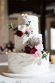 FabFloraChicago TwoBirdsPhotography FallWedding CakeFlowers WeddingCake Burgundy Romantic Roses