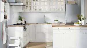decorer cuisine toute blanche blanc déco peinture blanche salon blanc chambre blanche