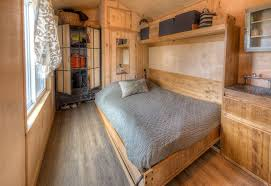 If That Style Is Your You Could Get A Taste Of It For 104 Night Or Help Yourself To Curbeds Ultimate Guide Styling Hip Rustic Tiny Home