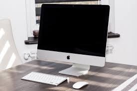 apple bureau images gratuites table clavier la technologie souris étagère