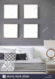 modernes schlafzimmer mit vier quadratmeter leer edelstahl