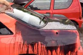 Crazy Video Shows A Nissan Skyline R33 With Heat Sensitive Paint Job