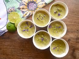 cuisine macrobiotique crème végétale amande et matcha un petit bonheur onctueux et