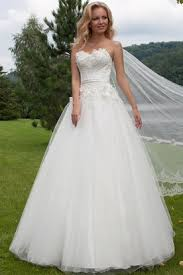 A Line Sleeveless Sweetheart Floral Tulle Wedding Dress