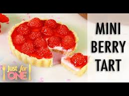 MINI Strawberry Pie JUST FOR ONE