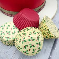 Plain Red And Holly Design Cupcake Cases 75Pc