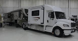 Equine Motorcoach 1 Show Hauler Toter Truck Campers For Sale Intertional Haulers Trucks Indiana Transport Travel Trailers And Toy Rugged Jack Danielle Mayer 2008 Freightliner M2 106 Sport Truck Hauler Transwest Body United Bodies Atc Alinum Ramp Car Nc4x4 2000 Kenworth T600 Hot Shotrv Truckersreportcom Trucking Trailering Newbies Which Pickup Can Tow My Trailer Or