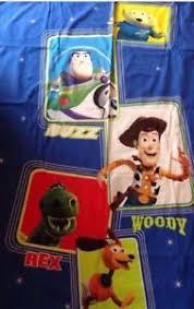 housse couette buzz l eclair housse de couette enfant taie oreiller buzz l éclair woody