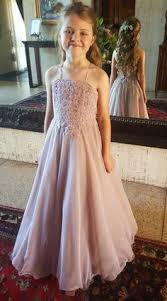 Fairytale flower girl dress and hair Cute Pinterest