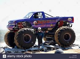 Slingshot Crushes Cars - Monster Truck On The Second Day Of The ... Top 3 Legendary Cars From Sema 2017 Carsguide Ovsteer Mopar Muscle Monster Truck To Hit Circuit In 2014 Truckin Male Sat On Wheel Of Slingshot Monster Truck Add Scale The Ivanka Trump Twitter Epic First Show With Day Ever Stock Seen Gravedigger Last Night At Jam Album Imgur I Loved My First Rally Kotaku Australia Tour Coming Lincoln County Fair Sunday Merrill Trucks Gearing Up For Big Weekend Vanderburgh The Grave Digger By Megatrong1 Fur Affinity Dromida With Fpv Review Big Squid Rc Car And