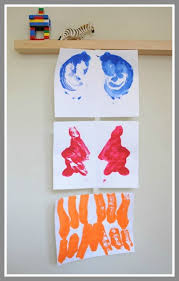 Easy Art Projects O Paint Blotting With Preschoolers From Artchoo