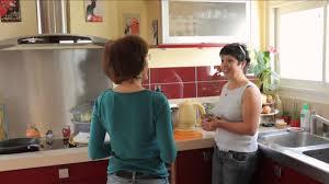 cherche travail femme de chambre paula une femme de ménage tout sourire