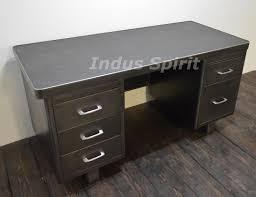 bureau strafor bureau industriel bureau industriel en bois et fer avec 3 tiroirs