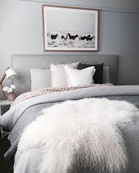 7 Dreamy Lazy Bedrooms That Will Make You Decide To Have Breakfast In Bed Daily Dream Decor