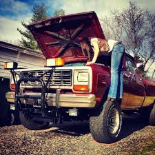 100 Girls On Trucks Country On Twitter Country Fix Their Own