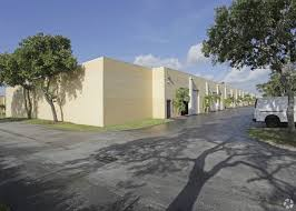 100 Warehouse Sf Flex In Excellent Condition W 300 SF Office In