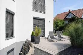 Einfamilienhaus in Ebenhausen mit Pultdach Terrasse