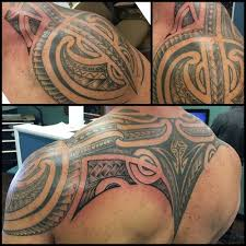 Freehand Polynesian Tribal Shoulder And Back Tattoo By Jon Poulson