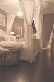 Cozy And Romantic Bedrooms Ideas For Couples