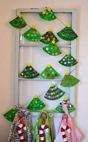 Astonishingly Easy Paper ChristmasTree Garland From DIY Craft Ideas