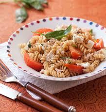 recette de pate au thon salade de pâtes feta thon tomates les meilleures recettes de