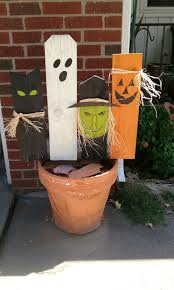 Halloween Graveyard Fence by Best 25 Halloween Fence Ideas On Pinterest Halloween Graveyard