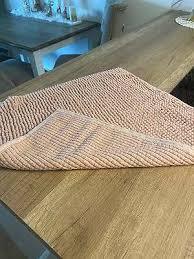 badezimmerteppiche matten badausstattung accessoires