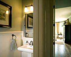 painting tips to make your small bathroom seem larger