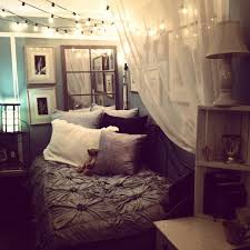 cozying up a small bedroom via tumblr Bedroom