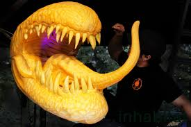 Worlds Heaviest Pumpkin Pie by World U0027s Biggest Pumpkin Carved Into Creepy Carnivorous Plant By
