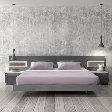 Braga Grey Lacquer Wood Contemporary Platform Bed J&M Furniture
