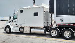 100 18 Wheeler Trucks Used ARI Legacy Sleepers With Custom Sleepers And
