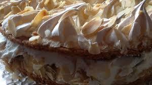 stachelbeer baiser torte