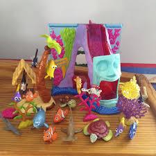 dan the pixar fan finding nemo hasbro aquarium adventure play