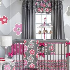 chambre fillette décoration chambre d enfant grise