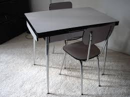 table de cuisine en formica ensemble table et chaises de cuisine