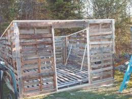 Pallet Building A Cheap Way To Go