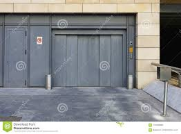 100 Car Elevator Garage Stock Photo Image Of Parking Auto Subterranean