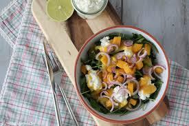 ruccolasalat mit mango und körnigem frischkäse münchner küche