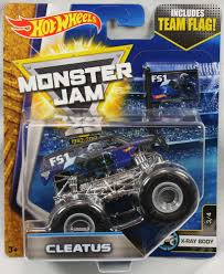 100 Shark Wreak Monster Truck 2017 Hot Wheels Jam 164 Scale With Team Flag Cleatus FS1 X