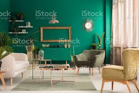 grün und gold wohnzimmer stockfoto und mehr bilder beige