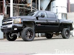 2007 Chevy Silverado Buildup - McGaughy's 7-Inch Lift Kit - Truckin ...