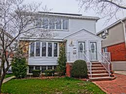 100 Nyc Duplex For Sale NYC Houses Howard Beach 8 Bedroom House For