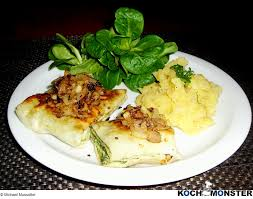 maultaschen mit kartoffel gurken salat