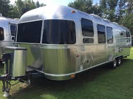 100 2011 Airstream International 30 Florida