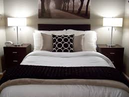 Apartment Bedroom Design Ideas Living Room Incredible Three No Headboard For Glamorous And Decorating Quilt Twin