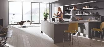 lackierte fronten tipps zum hochglanz trend in der küche