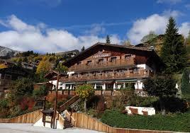 chambres d hotes le grand bornand hôtel l alpage hôtel restaurant les aravis
