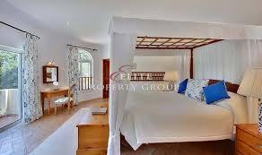 5 schlafzimmer detahced villa privater pool tennisplatz
